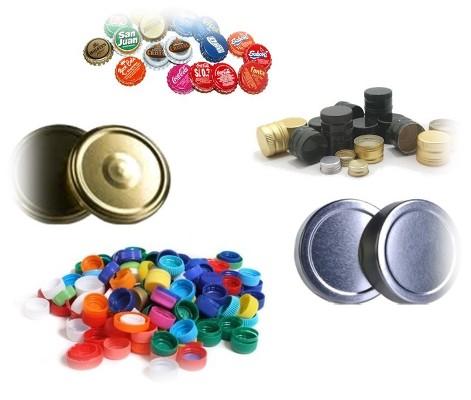 Foto de tapas metálicas y tapones de plástico