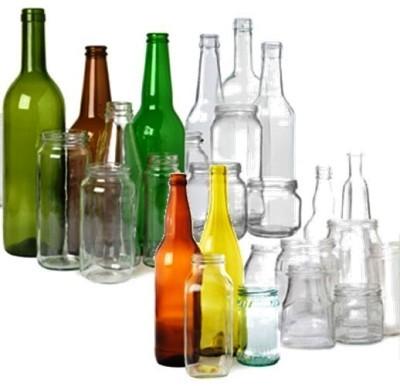Foto de botellas y tarros de vidrio