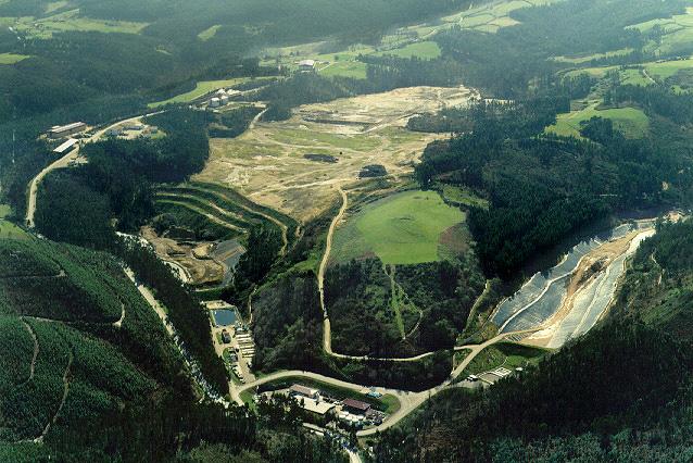 Foto aérea de las instalaciones de COGERSA en 1995